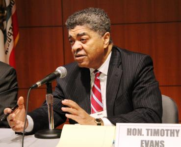 Chief Judge Timothy C. Evans of Cook County, Illinois, participates in a panel on